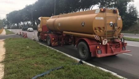 Hot Spring Water - Transporting